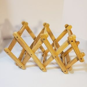 Wooden Expandable Accordion Wine Rack
